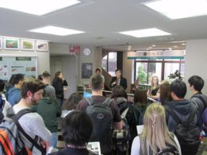 カナダ・アルバータ大学からの留学生が本学を見学されました (2017/11/13)