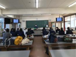 広島大学附属福山中・高等学校への出前授業と実験 (2021.4.12)